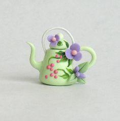 Dollhouse Miniature Green Pepper Shape Teapot A181