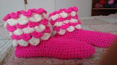 Pantuflas, crochet, blanco y fuccia...