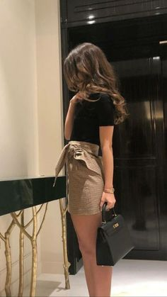 Mini Skirt Dress Ideas For Your Best Perfect Looking - Fashion Inspo - Best Of Women Outfits Looks Style, Looks Cool, Mini Skirt Dress, Mini Skirts, Mini Skirt Outfits, Mini Skirt Style, Classy Outfits, Trendy Outfits, Fall Outfits