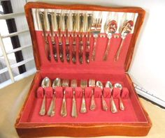 Silver Plate Flatware Service for 8 Oneida by ReneesRetro on Etsy
