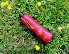 DORAS Üvegkulacs (üvegpalack) piros alapon, szív mintás neoprén huzattal 500 ml. Környezettudatos, BPA-mentes termék. A neoprén huzat több órán át tartja a beletöltött folyadékok hőmérsékletét. KATTINTS RÁ! | #bio #drinking #környezetbarát #environmentally_friendly #doras #biodoras #környezettudatos#öko#termosz#kulacs#neoprén #neoprén_huzat #üvegkulacs#flask #design#dizájn #menő #sport #sport_felszerelés#műanyagmentes #sportfelszerelés #waterbottle #water_bottle #fenntartható #szív #love… Hulk