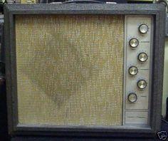 vintage magnatone amps   1482 VINTAGE SILVERTONE GUITAR AMP - Guitar amplifier bazaar world