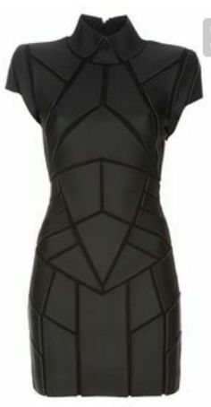Black leather-look dress from Gareth Pugh featuring panels of geometric shaped leather look fabric, funnel neck, structured shoulders, with a tight fit. Gareth Pugh, Moda Cyberpunk, Cyberpunk Fashion, Cyberpunk Clothes, Fashion Mode, Dark Fashion, Womens Fashion, Gothic Fashion, Latex Fashion