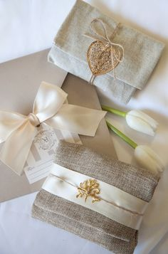 mpomponiera me linatsa mpez me kordeles Greek Wedding, Diy Wedding, Wedding Gifts, Wedding Day, Wedding Dress, Wedding Favor Bags, Party Favor Bags, Wedding Invitations, Party Favours