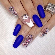 stunning bejeweled nails