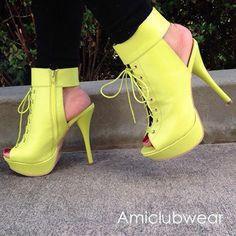Not too crazy about the color ,but the shoes are adorable!!!❤☺