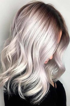 Hair Color Icy California Platinum Hair Lob ❤ Platinum blonde hair is super sexy and so much fun! If you want to get your man's attention, then don't be afraid to go blonde! Silver Grey Hair, Silver Blonde, Ash Blonde Hair, Platinum Blonde Hairstyles, Gray Hair, Pelo Color Plata, Hair Shades, Ombre Hair Color, Gorgeous Hair