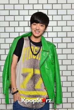 Shin Won Ho | Cross Gene
