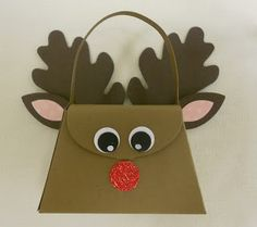 Rudolf with the Petite Purse die by Bonnie Henderson of BZ Stampin: Fall 2012 Retreat Recap Stampin Up Christmas, Christmas Deer, Christmas Projects, Christmas Crafts, Petite Purses, Paper Purse, Vintage Cards, Display Ideas, Bellisima