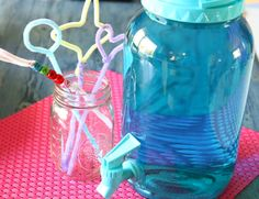 """Store bought bubbles were a """"fail""""! Make the world's greatest homemade bubbles and DIY bubble wands. Summer Crafts, Summer Fun, Fun Crafts, Crafts For Kids, Summer Ideas, Summer 2014, Holiday Crafts, Summer Time, Homemade Bubble Recipe"""