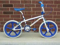 Mongoose Index Freestyle Bike - Silver Bmx Scooter, Bmx Bicycle, Bicycle Wheel, Cycling Bikes, Bmx 16, Skyway Bmx, Gt Bikes, Vintage Bmx Bikes, Bmx Cruiser