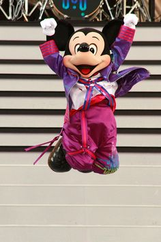 Mickey Mouse performs with leaps & bounds.
