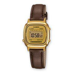 Die kleine CASIO LA670WEGL-9EF Uhr passt super zu Anzug oder Blazer. Durch die Kombination von braun & gold ist sie ein origineller Hingucker!