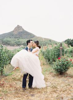 So romantic: http://www.stylemepretty.com/2015/04/13/pastel-malibu-ranch-wedding/   Photography: Caroline Tran - http://carolinetran.net/