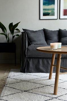 Ellos Home Bomullsteppe Raleigh 140x200 cm - Grå - Bomullstepper & filleryer - Ellos.no Throw Pillows, Living Room, Interior Design, Table, Furniture, Home Decor, Videos, Photos, Instagram