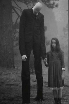 Omg. Slender Man or whatever he is called, seriously the creepiest thing ever