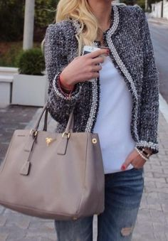Love this look, especially jacket and bag