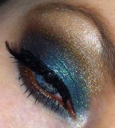 blue and gold Neutral Eye Makeup, Bright Eye Makeup, Subtle Makeup, Neutral Eyes, Smokey Eye Makeup, Sexy Makeup, Makeup Geek, Beauty Makeup, Makeup Looks