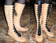DIY elven boots. They'd make a lovely pair of boots for dancing in, but the pattern looks a little too light for regular LARP abuse. Good for socials?