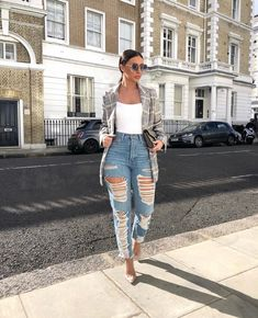It's all about that fit ✌🏼 jeans and body! Classy Casual, Classy Outfits, Stylish Outfits, Summer Outfits, Girl Outfits, Fashion Outfits, Look Girl, Looks Plus Size, Mode Style