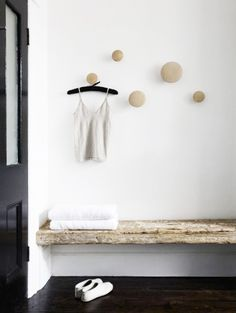 Loving this entryway and what a great use of Muuto's Dots.