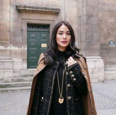 Heart Evangelista Is Having The Most Stylish Parisian Holiday - Star Style PH Star Fashion, Paris Fashion, Winter Fashion, Heart Evangelista Style, Love Her Style, Chic, Parisian, Asian Beauty, Dress To Impress