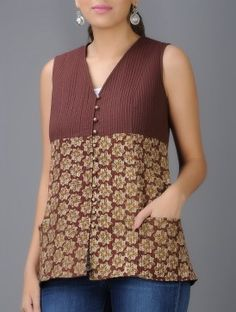 Maroon-Beige Bagru Block-printed V-neck Quilted Cotton Jacket Short Kurti Designs, Printed Kurti Designs, Kurta Designs, Blouse Designs, Jeans Top Design, Kurta Neck Design, Batik Fashion, Kurti Designs Party Wear, Designs For Dresses