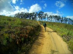 Delheim MTB Day 30KM Race @delheimwines with @cycleculture.bike and @lochtec #DelheimMTBDay #race #cyclingrace #mtbrace #stellenbosch #mtb #cycling #ridelife #stravaphoto #giantanthem #cycleculture #lusus #nature #fun #southafrica #tomtom #tomtombandit #lifebehindbars #trails #outdoorsports #rideyourbike #mountainbike #RideGiant #stravacycling #mtbsouthafrica #cyclinglife #cyclingphotos #mtblife - http://bit.ly/remejlh