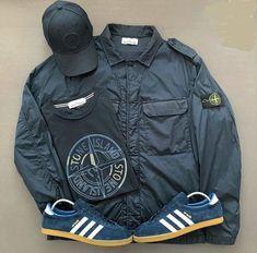 Away days - Stone Island jacket and adidas Berlin Football Casual Clothing, Football Casuals, Mens Fashion Blog, Mod Fashion, Stone Island Hooligan, Stone Island Jacket, Bape, Casual Wear, Casual Outfits