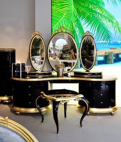 Venezia Dressing Table And Mirror