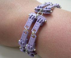 Funky zipper bracelet - amalia versaci (Flickr)