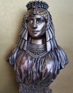 Inch Art Deco Style Egyptian Queen Bust Figurine Bronze Color for sale online Egyptian Queen, Art Deco Fashion, Statue, Gifts, Color, Bronze, Art, Presents, Colour