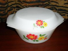 Vintage Arcopal France Lidded Casserole Dish...  UK location