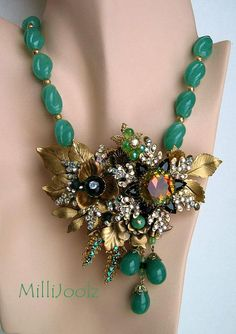 Items similar to Milli Centerpiece Necklace Set in Green with Swarovski Crystal Brass Leaves Flowers and Filigrees on Etsy Punk Jewelry, Gypsy Jewelry, Beaded Jewelry, Handmade Jewelry, Unique Jewelry, Yoga Jewelry, Beaded Necklaces, Gold Jewellery, Vintage Costume Jewelry