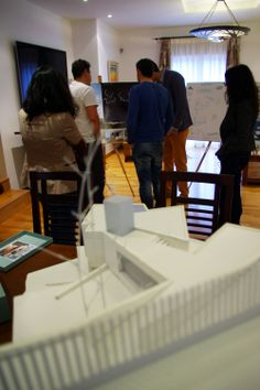 Vista de la presentación desde las maquetas · Point of view from the models of the competition  #architecture #arquitectura #competition #concurso #calpe #alicante #project #proyecto #architect #arquitecto #luxurious #maqueta #model