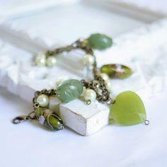 Green Olive Pistacchio  OOAK bracelet  antique by DreamsCorner, €25.00