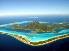 from Amazing World: Bora Bora, French Polynesia One of the Society Island in the Pacific Ocean, Bora Bora is renowned today as one of the most luxuriously beautiful places in the world.