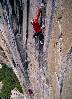 El Cap in Yosemite National Park is regarded as one of the world's toughest climbs, a 2000-foot rock formation with a vertical face. But Leo Houlding from Cumbria has become the first Briton to conquer it by pulling himself up by his fingertips using a one-inch vertical crack in the rock face. Whew!