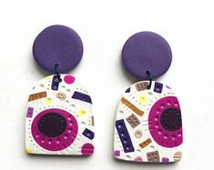 Polymer clay statement earrings and handmade jewellery by HeidiHelyard Boucles d'oreilles pendan Fimo Clay, Polymer Clay Projects, Polymer Clay Creations, Polymer Clay Crafts, Diy Clay Earrings, Polymer Clay Necklace, Earrings Handmade, Purple Gold, Pink Yellow