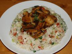 Květákové rizoto s marinovanými žampiony Grains, Rice, Meat, Chicken, Food, Essen, Meals, Seeds, Yemek