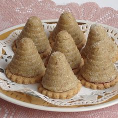 ulecky-bez-vajec Czech Recipes, Russian Recipes, Ethnic Recipes, Christmas Baking, Christmas Cookies, Mini Cakes, Sweets, Cooking, Health