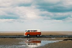 Travel around the world with this old red bus Volkswagen Transporter, Vw Bus, Lord Byron, Vans Vintage, Places Around The World, Around The Worlds, Surfing Destinations, Combi Vw, Surf Trip