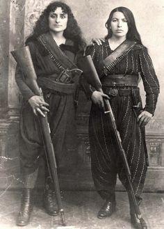 zolotoivek:    Portrait of two Armenian fighters during the Hamidian Massacres, 1895.