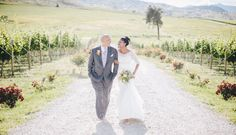 Winery Wedding | Tsillan Cellars Winery | Clane Gessel
