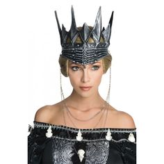 If you are dressing up as the evil Queen Ravenna this year for your fancy dress party, then don't forget to add this stunning Queen Ravenna Crown. Halloween Accessories, Costume Accessories, Hair Accessories, Evil Queen Costume, Queen Ravenna, Fancy Dress Hats, Black King, Queen Crown, Queen Vic