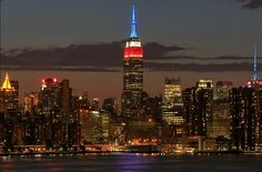 May 25, 2015: The Empire State Building will honor the men and women of the armed forces this Memorial Day with lights in proud red, white and blue. Photo: Max G.