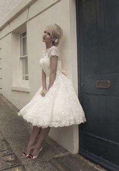 Another cute bridesmaid dress - Size 6/8/10/12/14/16 Short Sleeve Sash Tea Length Vintage Lace Wedding Dress New