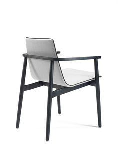 Chair Jana | Designed by Birgit Hoffmann | FREIFRAU Sitzmöbelmanufaktur | www.freifrau.eu