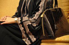 abaya ..