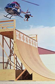 danny way helicopter   Accueil > Dc shoes > danny-way-helicopter
